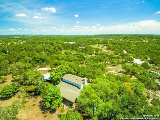 218 Walnut St, Spring Branch, TX 78070 (MLS #1339131) :: Tom White Group