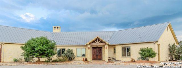 169 Silver Hills Rd, Kerrville, TX 78028 (MLS #1339177) :: The Gradiz Group