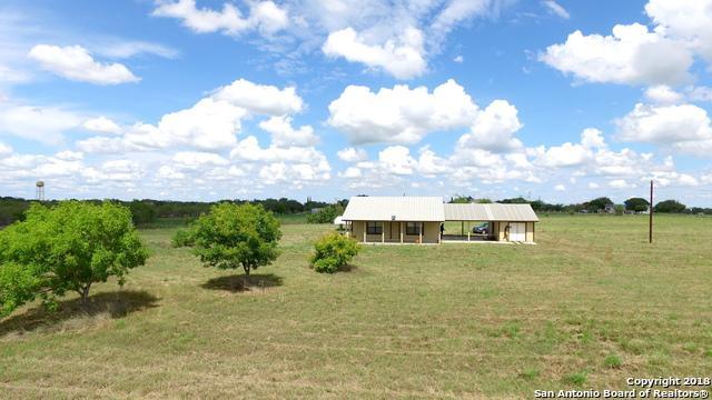 21 Northfield Dr, Pleasanton, TX 78064 (MLS #1339276) :: Alexis Weigand Real Estate Group