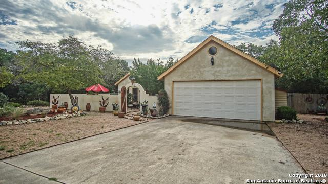 1268 Eastview Dr, Canyon Lake, TX 78133 (MLS #1339349) :: NewHomePrograms.com LLC