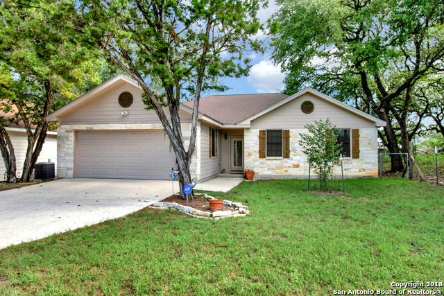 749 Lookout Dr, Canyon Lake, TX 78133 (MLS #1339636) :: Alexis Weigand Real Estate Group