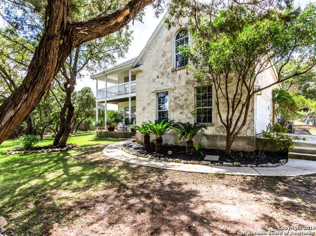 749 Lakewood Dr, Lakehills, TX 78063 (MLS #1339644) :: Berkshire Hathaway HomeServices Don Johnson, REALTORS®