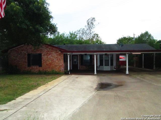 1217 Vivian St, Pleasanton, TX 78064 (MLS #1339719) :: Ultimate Real Estate Services