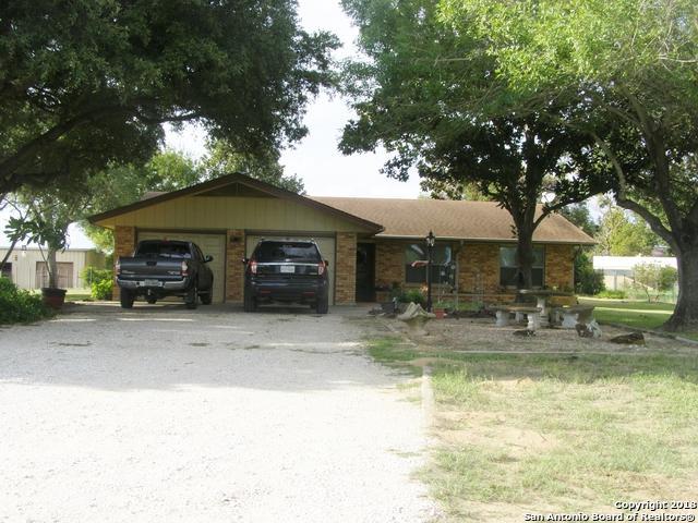 231 Bluebonnet Ln, San Antonio, TX 78223 (MLS #1339970) :: Alexis Weigand Real Estate Group