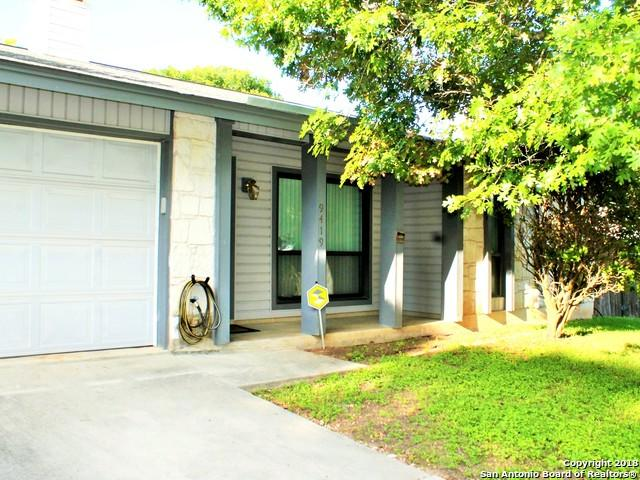 9419 Quicksilver Dr, San Antonio, TX 78245 (MLS #1340070) :: Alexis Weigand Real Estate Group