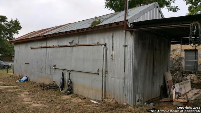 4225 Mansion, Von Ormy, TX 78073 (MLS #1340072) :: Alexis Weigand Real Estate Group