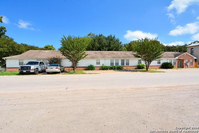 219 Ne 1st St, Smithville, TX 78957 (MLS #1340394) :: Exquisite Properties, LLC