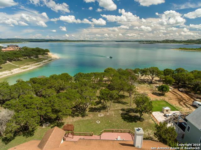 1164 Lakebreeze Dr, Canyon Lake, TX 78133 (MLS #1340455) :: The Suzanne Kuntz Real Estate Team