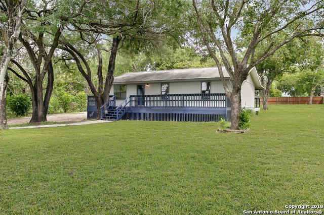 9720 S Ww White Rd, San Antonio, TX 78223 (MLS #1340552) :: The Suzanne Kuntz Real Estate Team