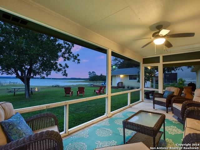 400 N Chaparral, Burnet, TX 78611 (MLS #1341263) :: Magnolia Realty