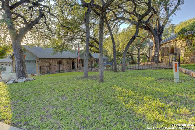 647 Bluffside Dr, New Braunfels, TX 78130 (MLS #1341402) :: Exquisite Properties, LLC