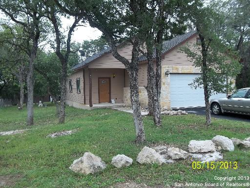 1903 Tanglewood Trail, Spring Branch, TX 78070 (MLS #1341818) :: The Suzanne Kuntz Real Estate Team