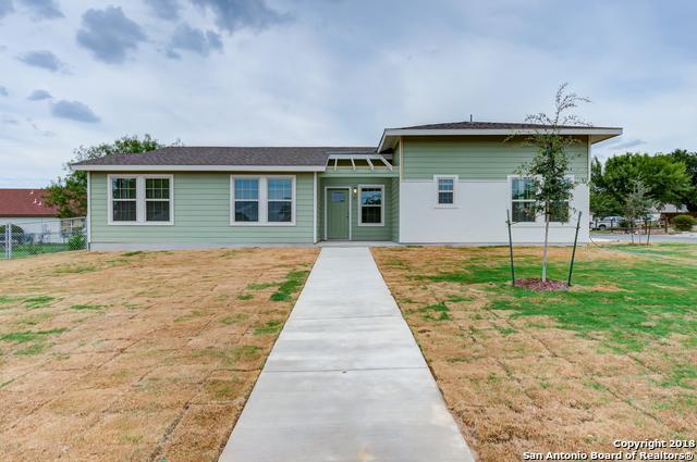 102 Villa Grande, San Antonio, TX 78228 (MLS #1342036) :: Erin Caraway Group