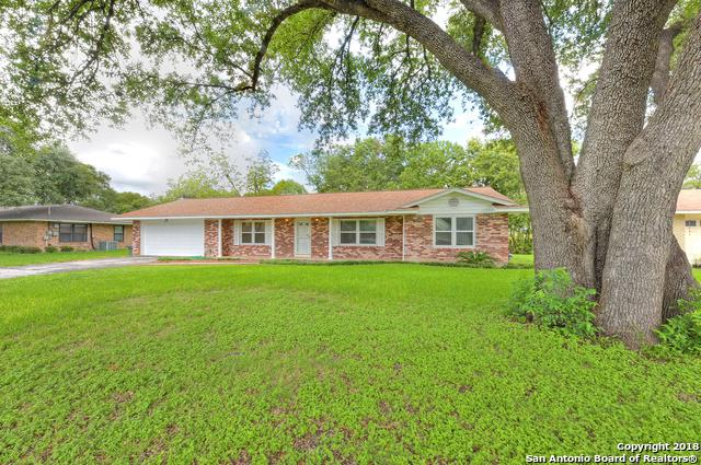 2319 Blossom Dr, San Antonio, TX 78217 (MLS #1342080) :: Exquisite Properties, LLC
