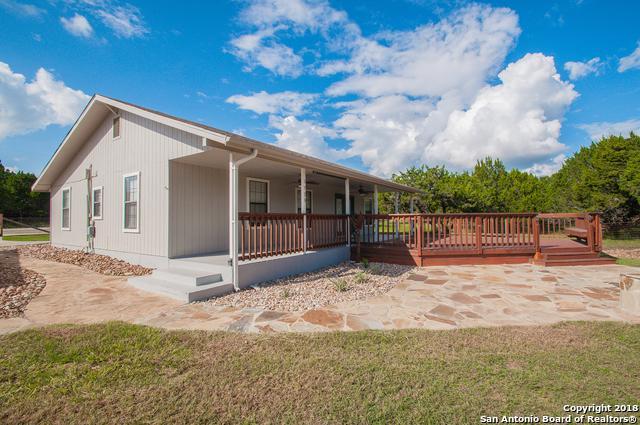 1725 Green Hill Dr, Canyon Lake, TX 78133 (MLS #1342157) :: Magnolia Realty