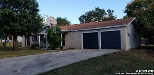 519 Williamsburg Rd, Devine, TX 78016 (MLS #1342314) :: Tom White Group