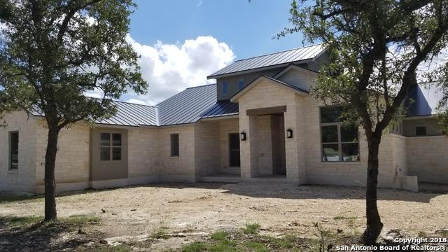7 Sendero Wds, Boerne, TX 78015 (MLS #1342632) :: Magnolia Realty