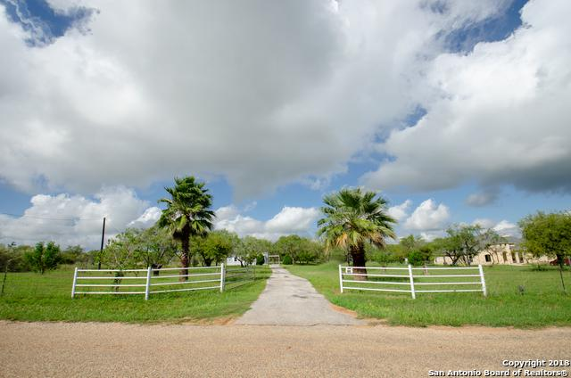 100 S View Dr, Lytle, TX 78052 (MLS #1342775) :: Vivid Realty