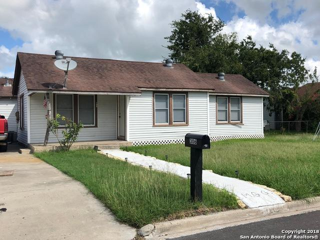 306 W South Line St, Karnes City, TX 78118 (MLS #1342793) :: Erin Caraway Group