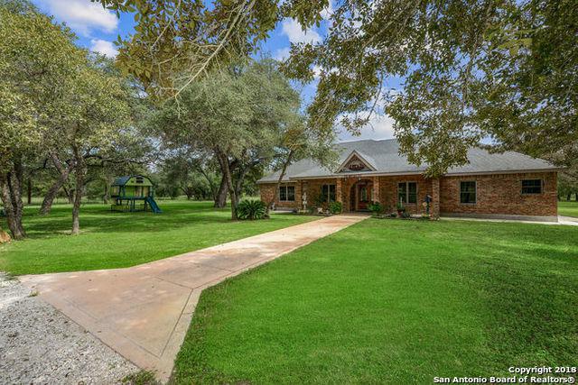 184 County Road 7725, Natalia, TX 78059 (MLS #1342884) :: Exquisite Properties, LLC