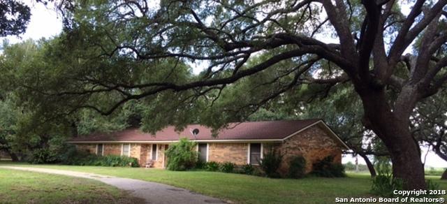 108 Pulliam Dr, Pleasanton, TX 78064 (MLS #1343098) :: Alexis Weigand Real Estate Group
