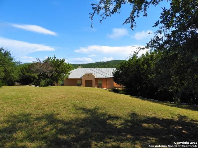 105 Private Road 1715, Mico, TX 78056 (MLS #1343269) :: Magnolia Realty