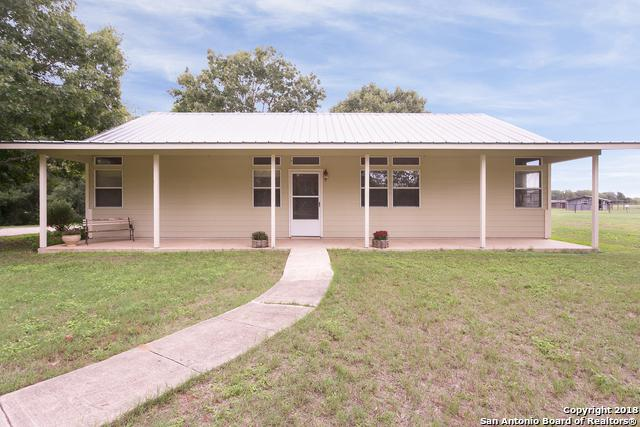 9971 Macaway Rd, Adkins, TX 78101 (MLS #1343546) :: The Suzanne Kuntz Real Estate Team