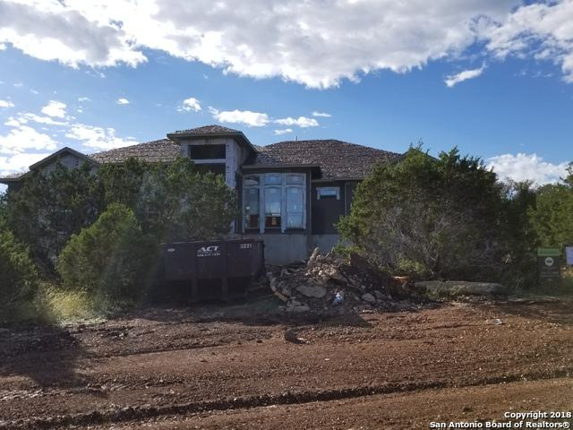 335 Curvatura, New Braunfels, TX 78132 (MLS #1343573) :: Berkshire Hathaway HomeServices Don Johnson, REALTORS®