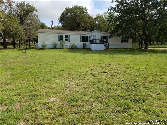 175 Encino Torcido, Adkins, TX 78101 (MLS #1343933) :: NewHomePrograms.com LLC