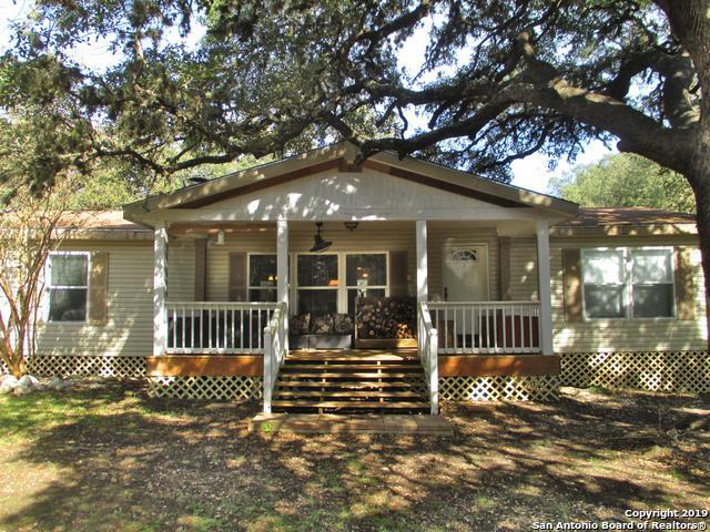 299 Roadrunner Ln, Pipe Creek, TX 78063 (MLS #1343985) :: Exquisite Properties, LLC