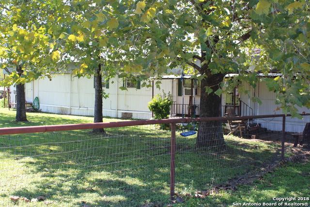 1381 San Marcos Hwy, Luling, TX 78648 (MLS #1344254) :: Magnolia Realty