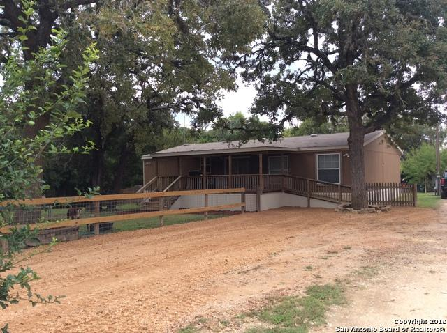 477 Oak Dr, Bandera, TX 78003 (MLS #1344336) :: Neal & Neal Team