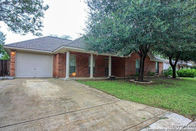 1416 S 2ND ST, Floresville, TX 78114 (MLS #1344345) :: Vivid Realty