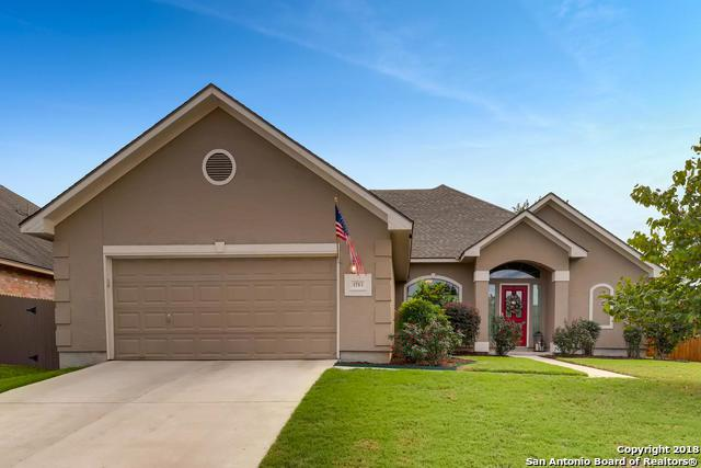 1743 Oakmont Circle, New Braunfels, TX 78132 (MLS #1344689) :: Alexis Weigand Real Estate Group