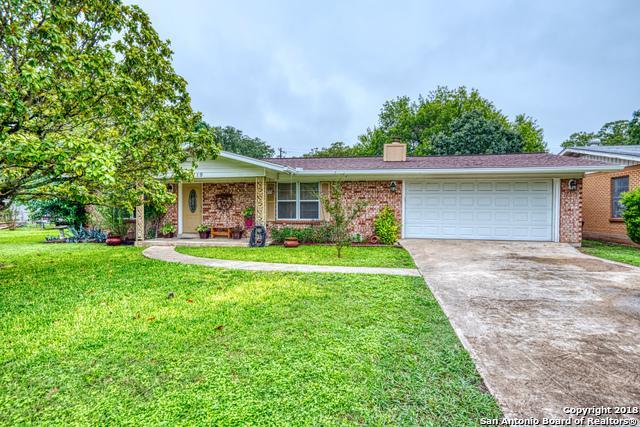 119 Laurel Way E, Kerrville, TX 78028 (MLS #1344791) :: Exquisite Properties, LLC