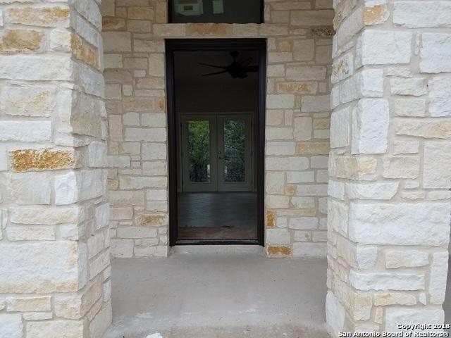 946 Persimmon Pass, Fischer, TX 78623 (MLS #1344815) :: Magnolia Realty