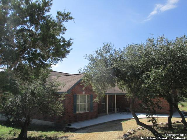 421 County Road 242, Hondo, TX 78861 (MLS #1344942) :: Vivid Realty