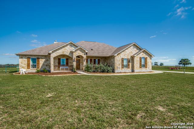 113 (3 ACRES) Triple Crown, La Vernia, TX 78121 (MLS #1345122) :: The Suzanne Kuntz Real Estate Team
