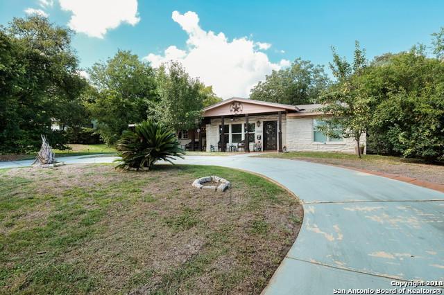 1153 Garraty Rd, Terrell Hills, TX 78209 (MLS #1345293) :: Alexis Weigand Real Estate Group