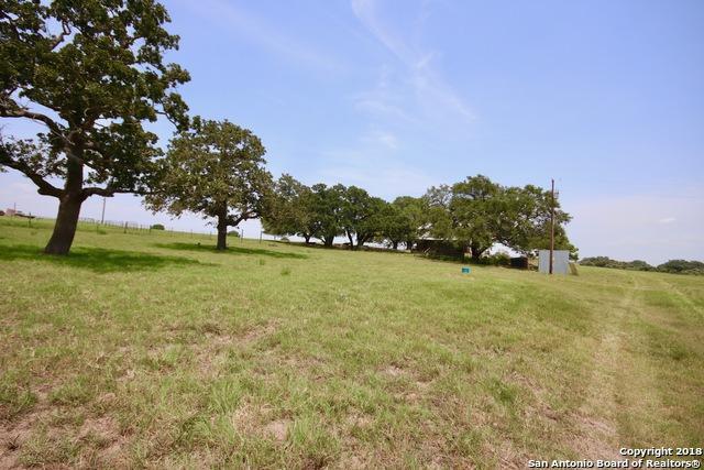 1350 Fm 538, Stockdale, TX 78160 (MLS #1345319) :: Magnolia Realty