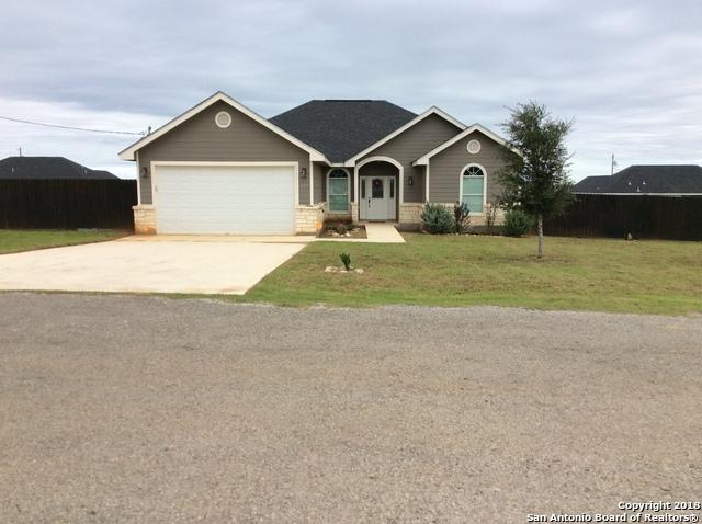 125 Blue Bonnet Hill St, Pearsall, TX 78061 (MLS #1345719) :: Exquisite Properties, LLC