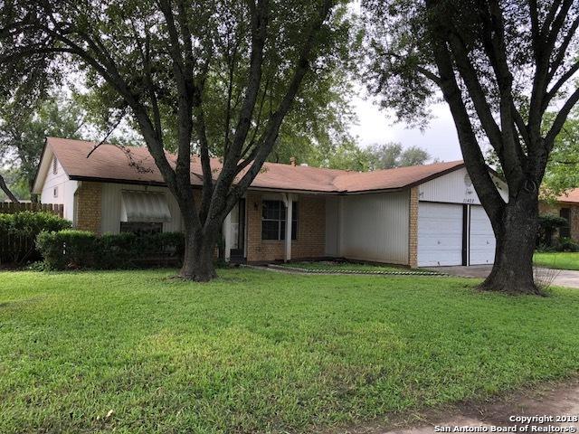 11402 Cedar Corral Dr, San Antonio, TX 78245 (MLS #1345956) :: The Suzanne Kuntz Real Estate Team
