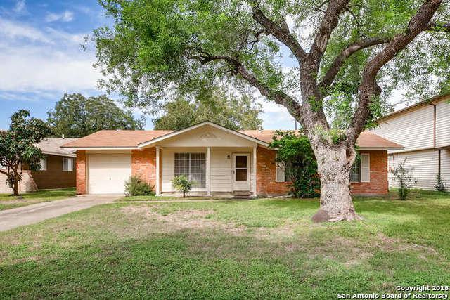 5405 Sir Robert Dr, Kirby, TX 78219 (MLS #1346309) :: Exquisite Properties, LLC