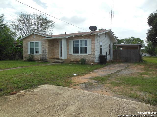 504 E Florida, Pearsall, TX 78061 (MLS #1346422) :: NewHomePrograms.com LLC