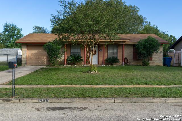 6739 Spring Hollow St, San Antonio, TX 78249 (MLS #1346510) :: Alexis Weigand Real Estate Group