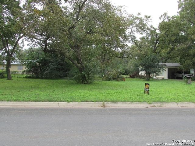1116 30th St, Hondo, TX 78861 (MLS #1347026) :: Alexis Weigand Real Estate Group
