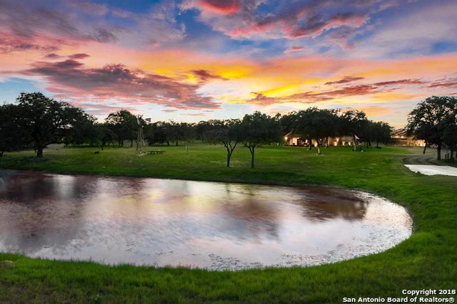 122 Big Oak Ln, La Vernia, TX 78121 (MLS #1347123) :: Alexis Weigand Real Estate Group