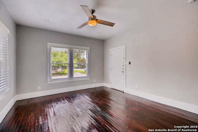 1008 Burleson, San Antonio, TX 78202 (MLS #1347224) :: The Suzanne Kuntz Real Estate Team