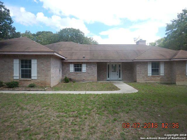 154 Oak Holw, Floresville, TX 78114 (MLS #1347451) :: Alexis Weigand Real Estate Group