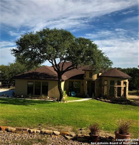 2062 Italia, New Braunfels, TX 78132 (MLS #1347516) :: The Suzanne Kuntz Real Estate Team